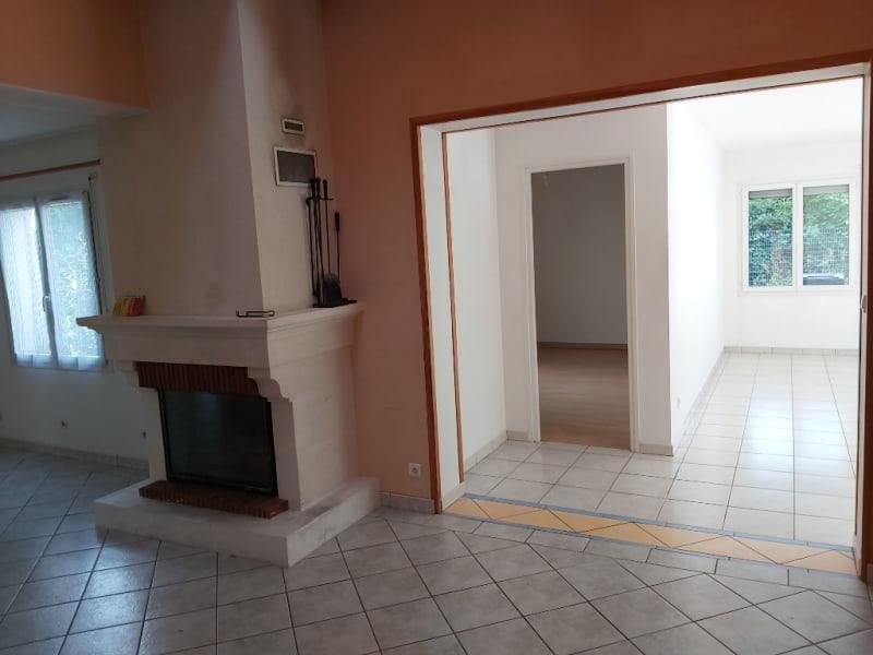 Vente maison / villa Chauray 357900€ - Photo 5