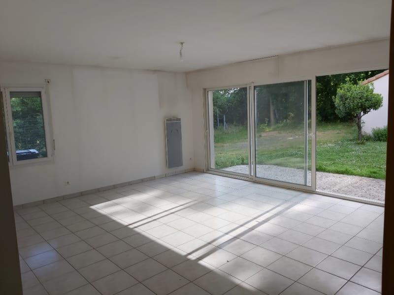 Vente maison / villa Chauray 357900€ - Photo 6
