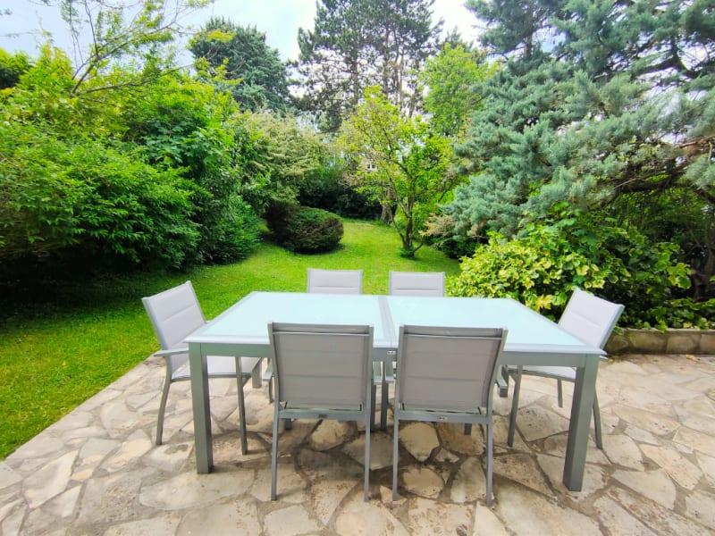 Sale house / villa L etang la ville 1060000€ - Picture 5