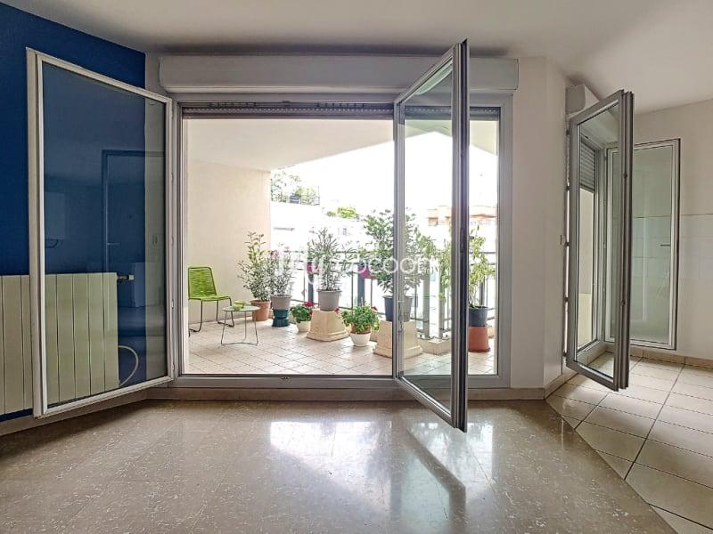 Sale apartment Lyon 3ème 569000€ - Picture 2
