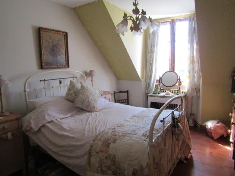 Sale house / villa Mael carhaix 107000€ - Picture 6
