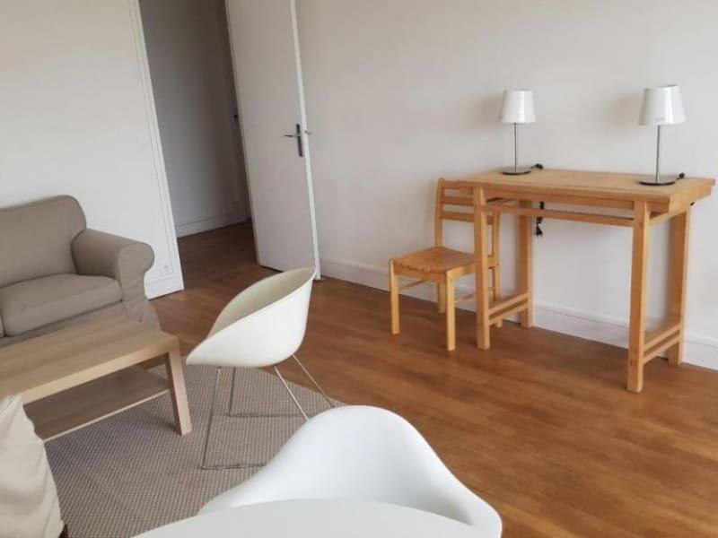 Sale apartment Paris 14ème 660000€ - Picture 2