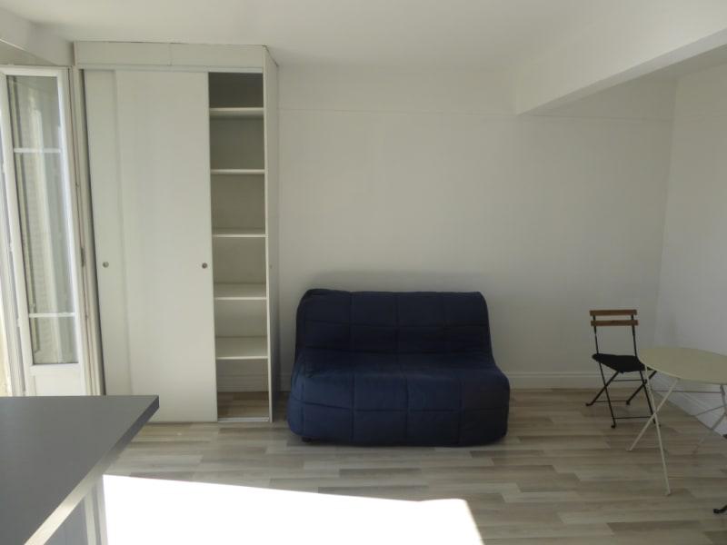 Rental apartment Clichy 820€ CC - Picture 2