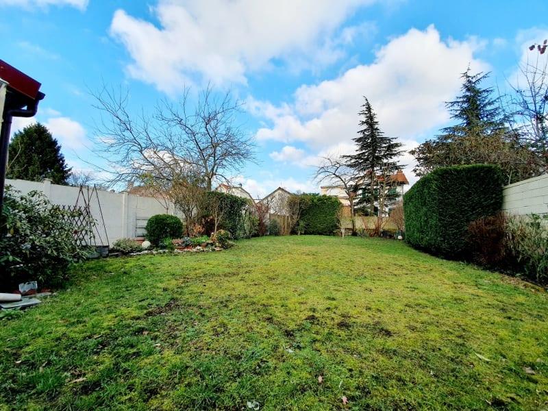 Sale house / villa Villemomble 385000€ - Picture 9