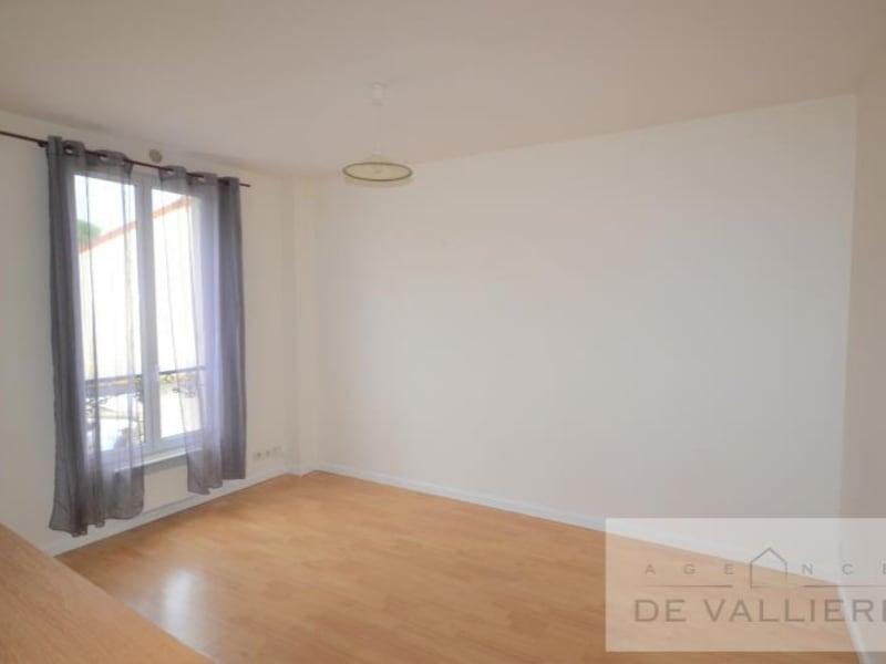 Rental apartment Rueil malmaison 720€ CC - Picture 2