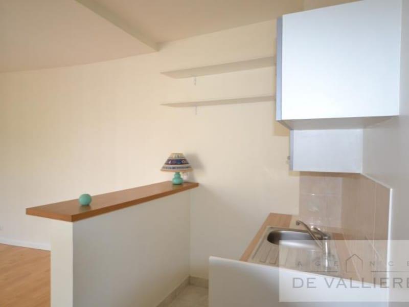 Rental apartment Rueil malmaison 720€ CC - Picture 3