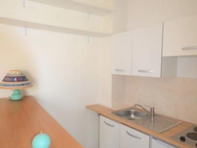 Rental apartment Rueil malmaison 720€ CC - Picture 5