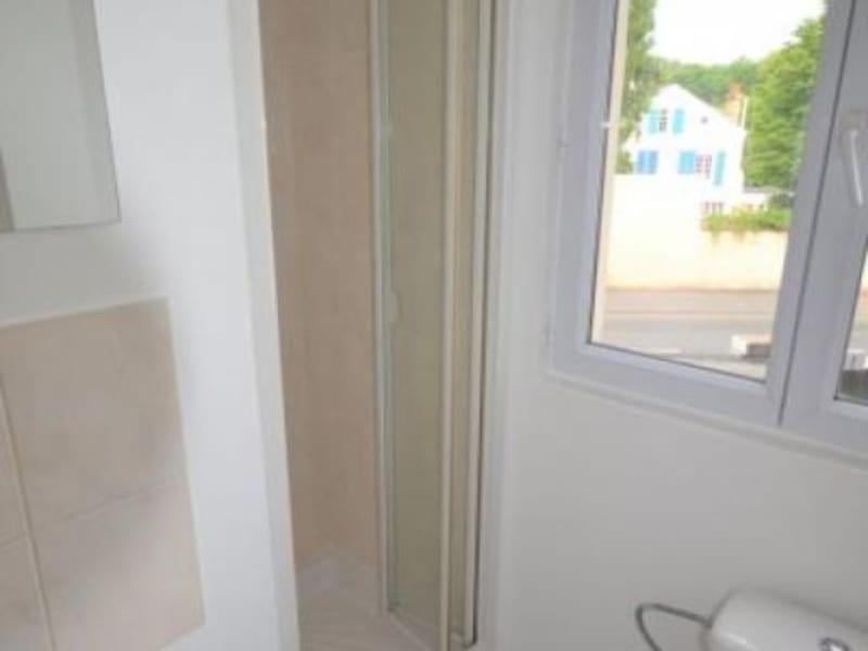 Rental apartment Rueil malmaison 720€ CC - Picture 6
