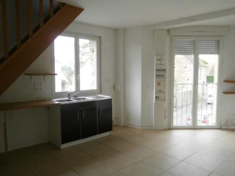 Rental apartment Vaux le penil 555€ CC - Picture 2