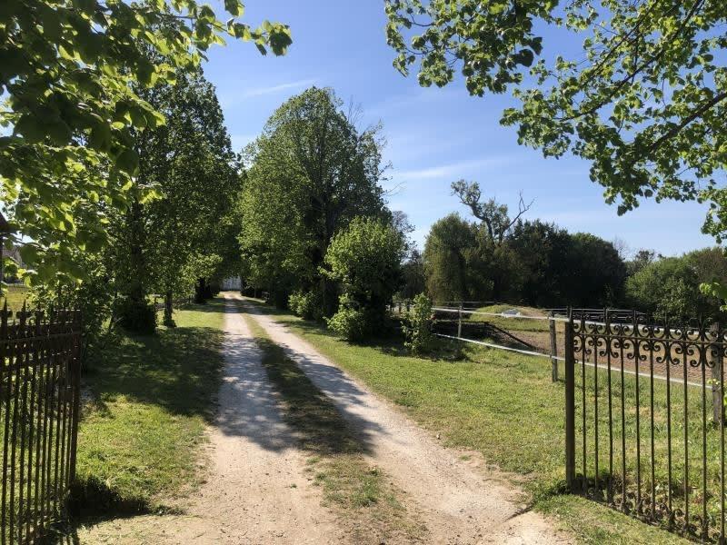 Vente maison / villa Guitres 450000€ - Photo 3