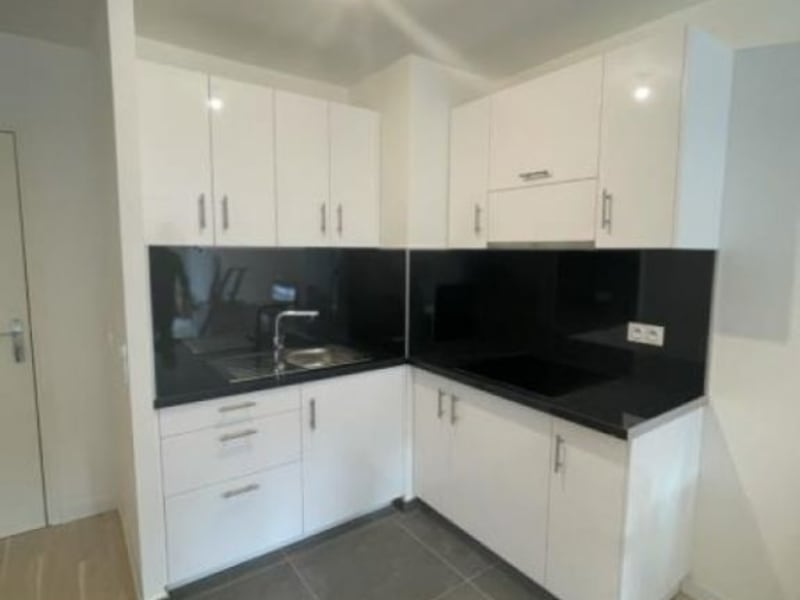 Location appartement Viroflay 1039€ CC - Photo 1