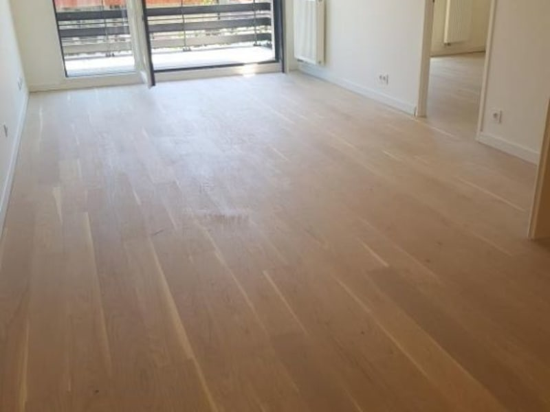Location appartement Viroflay 1039€ CC - Photo 2
