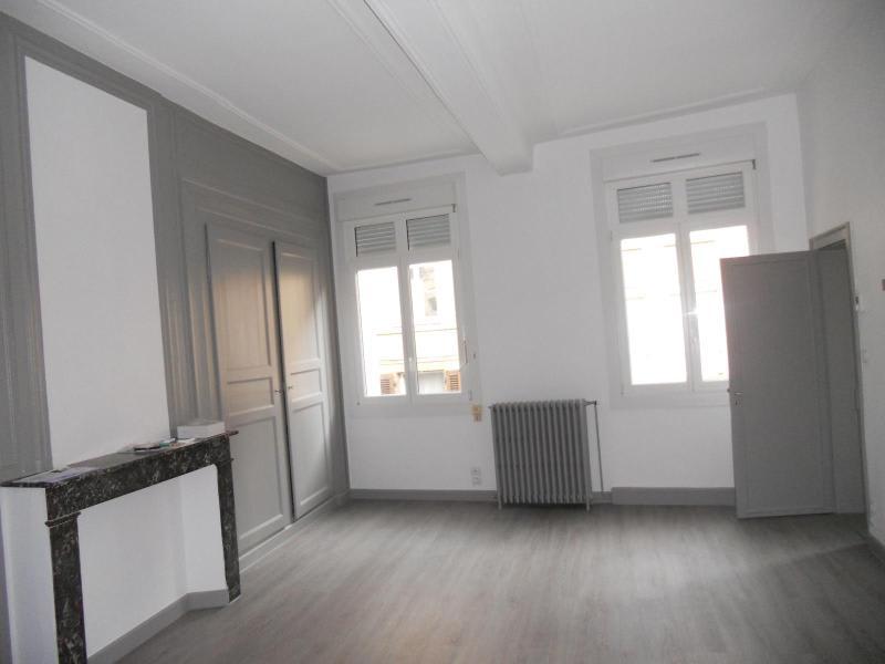 Location appartement Saint-omer 694€ CC - Photo 2