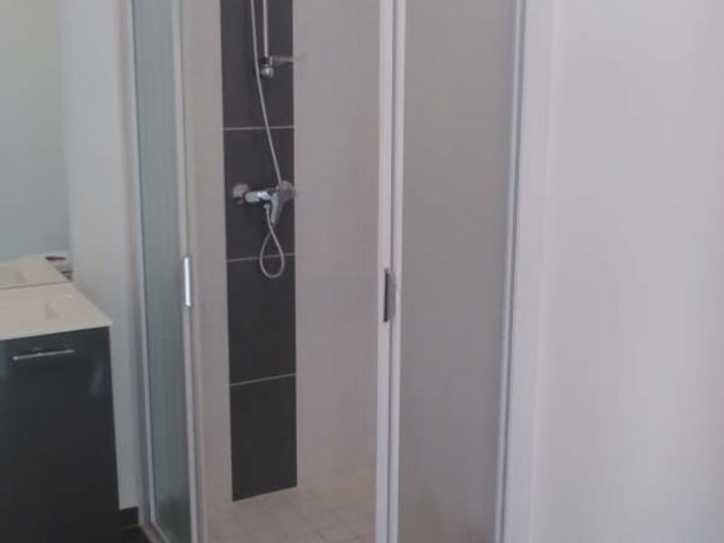 Location appartement Caen 421€ CC - Photo 3