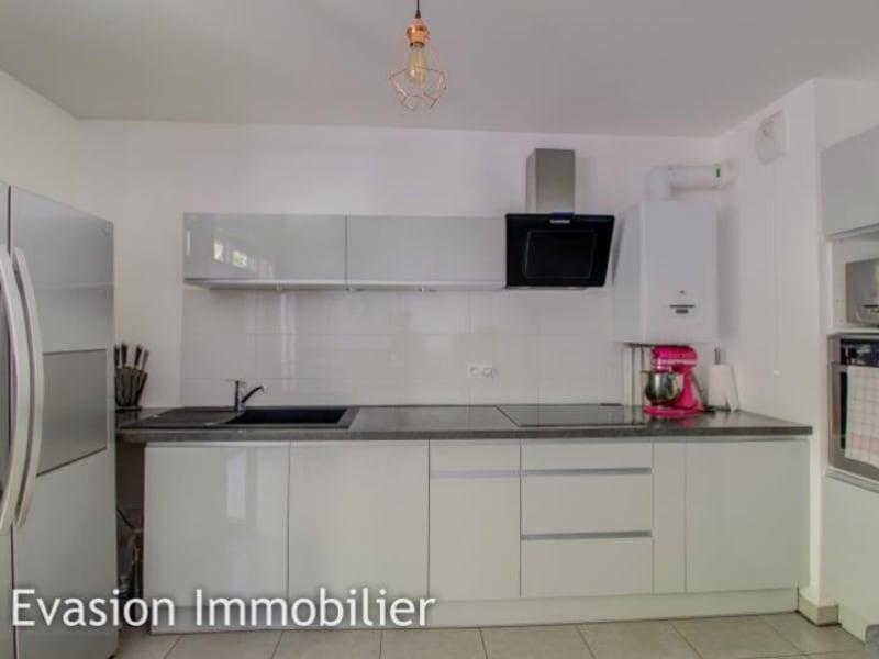 Sale apartment Sallanches 183600€ - Picture 2