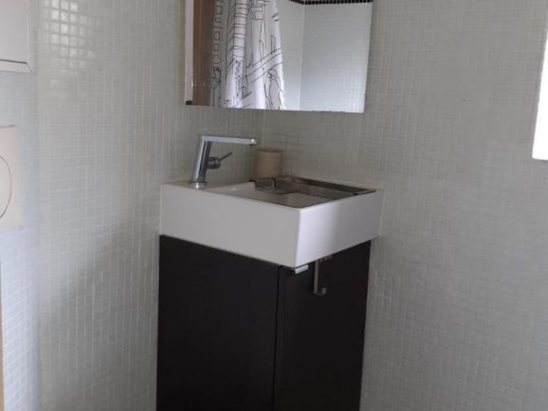 Location appartement Paris 4ème 1350€ CC - Photo 9