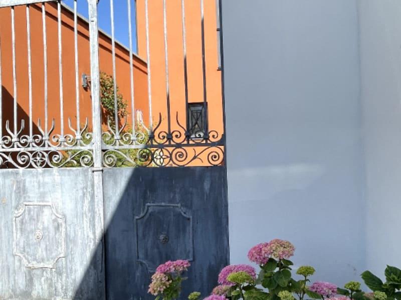 Sale house / villa Aigues mortes 740000€ - Picture 1