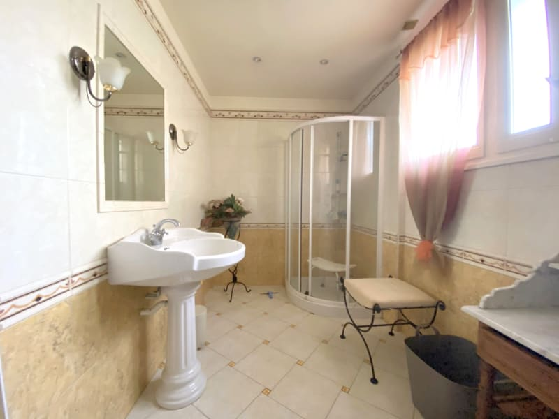 Sale house / villa Lamorlaye 520000€ - Picture 9