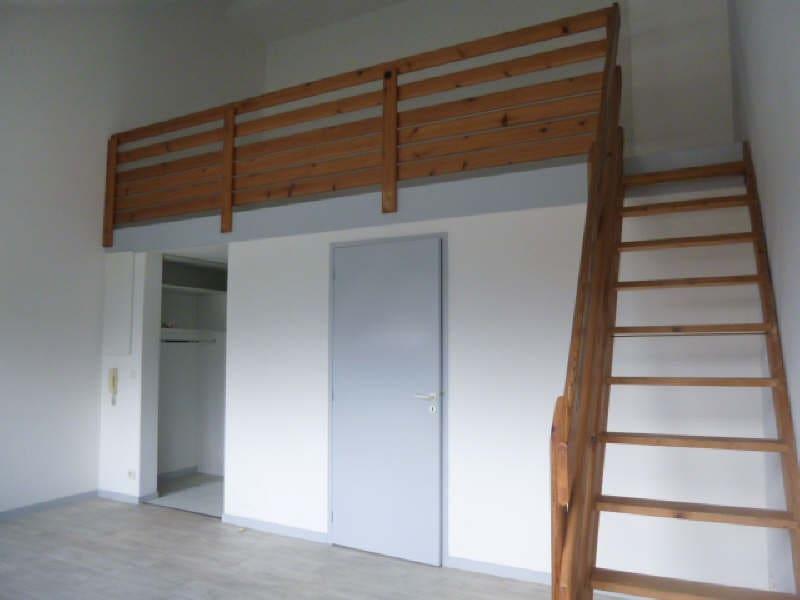 Rental apartment Bordeaux 724,32€ CC - Picture 1