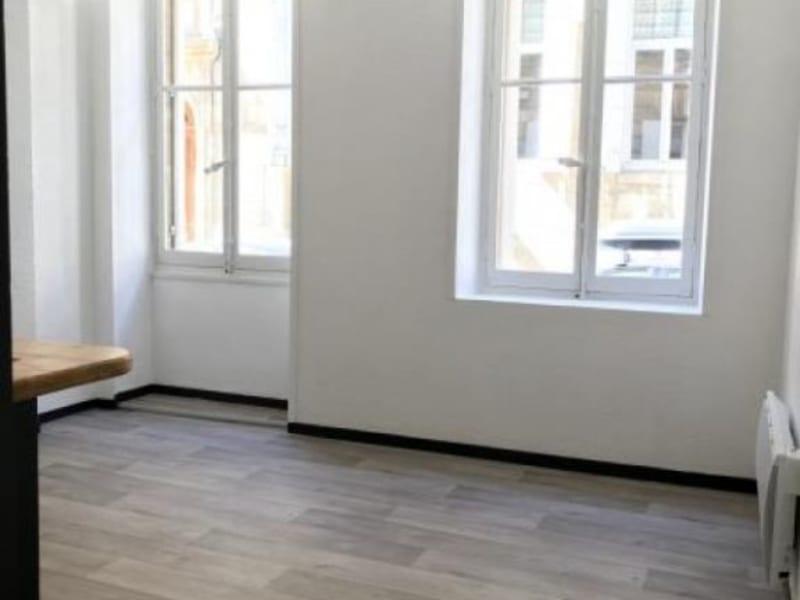 Location appartement Bordeaux 550,49€ CC - Photo 1