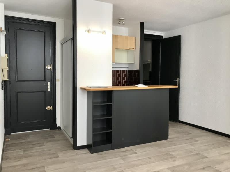 Location appartement Bordeaux 550,49€ CC - Photo 2