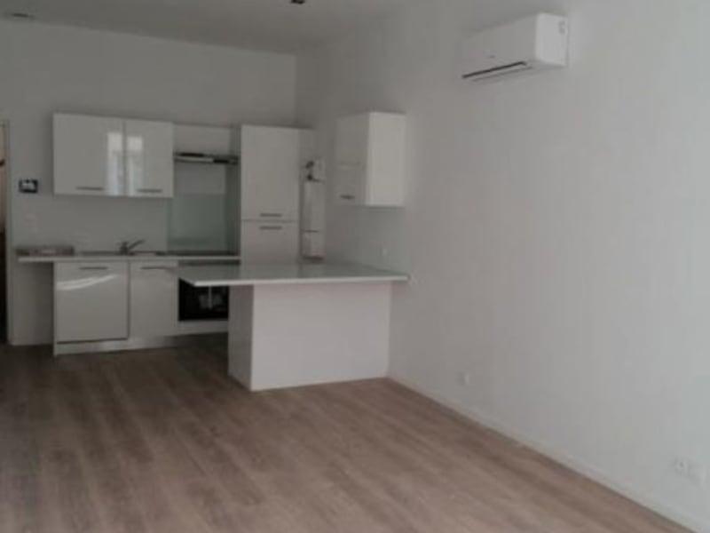Sale apartment L isle jourdain 160000€ - Picture 2