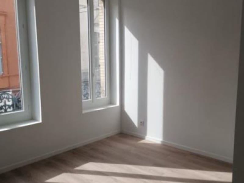 Sale apartment L isle jourdain 160000€ - Picture 3