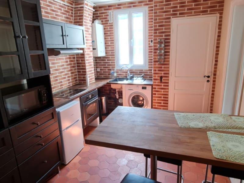 Rental apartment Courbevoie 1066€ CC - Picture 2