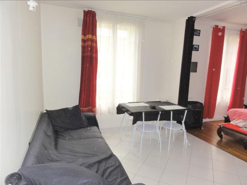 Rental apartment Courbevoie 780€ CC - Picture 1