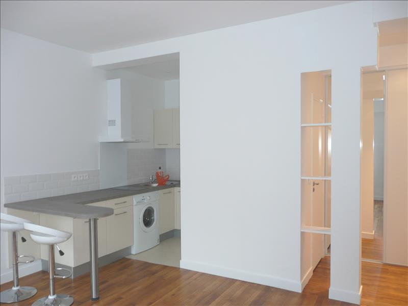 Rental apartment Asnieres sur seine 850€ CC - Picture 1