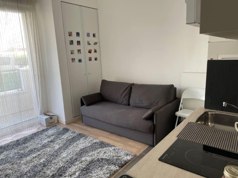 Rental apartment Asnieres sur seine 880€ CC - Picture 2