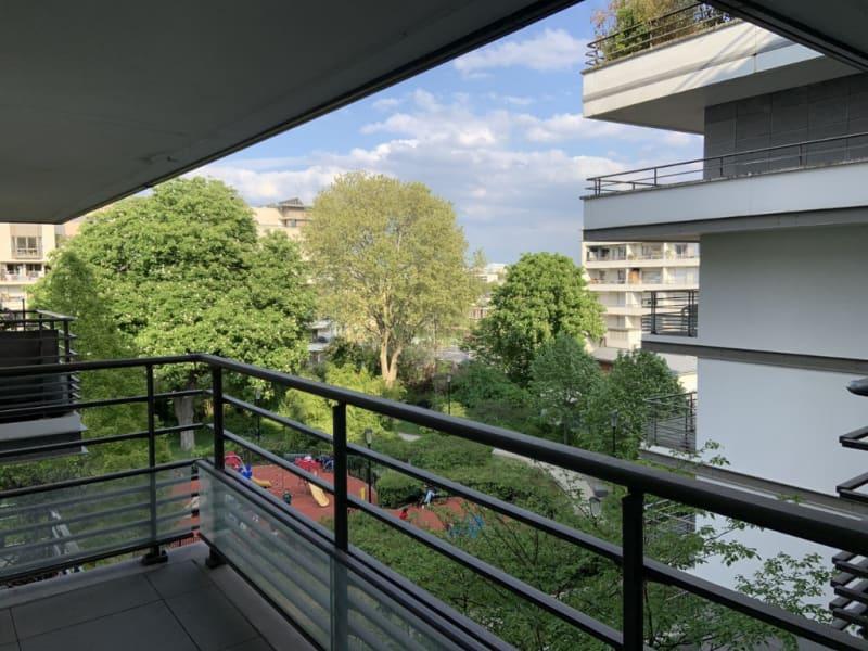 Rental apartment Courbevoie 1195€ CC - Picture 1