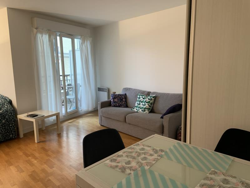 Rental apartment Bois colombes 1540€ CC - Picture 2