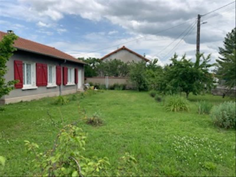 Sale house / villa Riorges 157500€ - Picture 1
