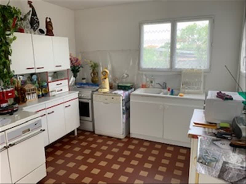 Sale house / villa Riorges 157500€ - Picture 6