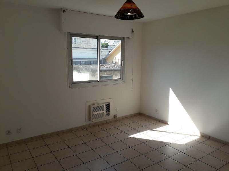 Location appartement St denis 568€ CC - Photo 2