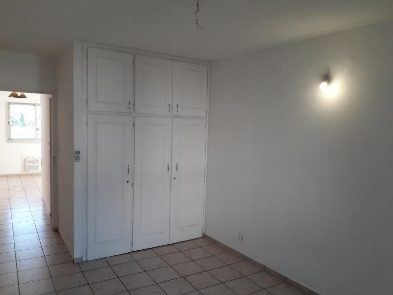 Location appartement St denis 568€ CC - Photo 4