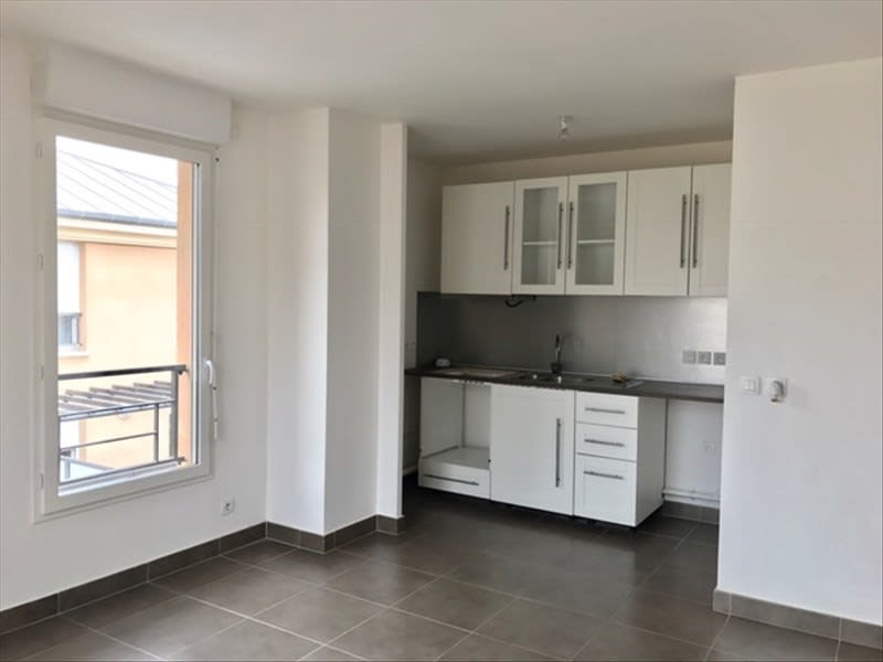 Location appartement Osny 824€ CC - Photo 2