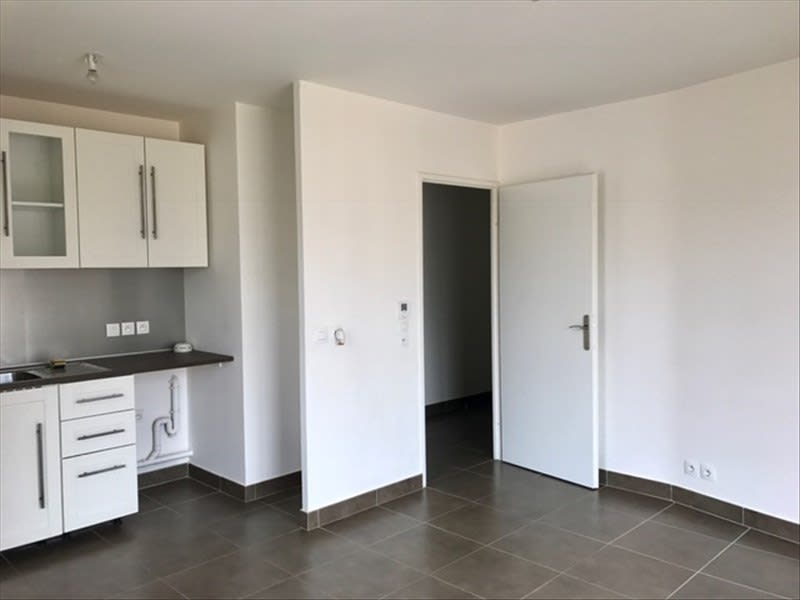 Location appartement Osny 824€ CC - Photo 3