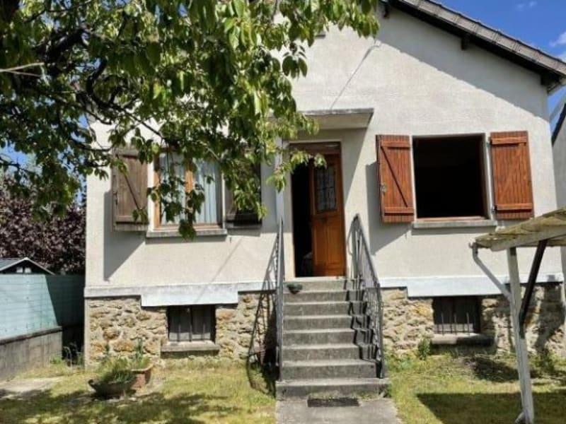 Sale house / villa Ste genevieve des bois 391500€ - Picture 1