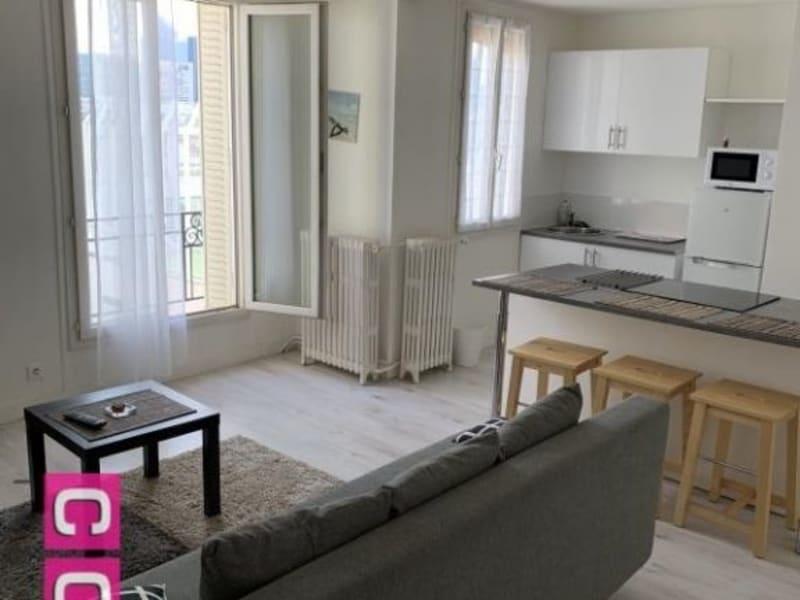 Location appartement Courbevoie 1240€ CC - Photo 2