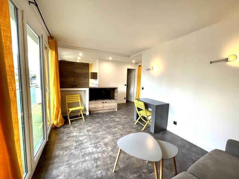 Location appartement Paris 20ème 995€ CC - Photo 5