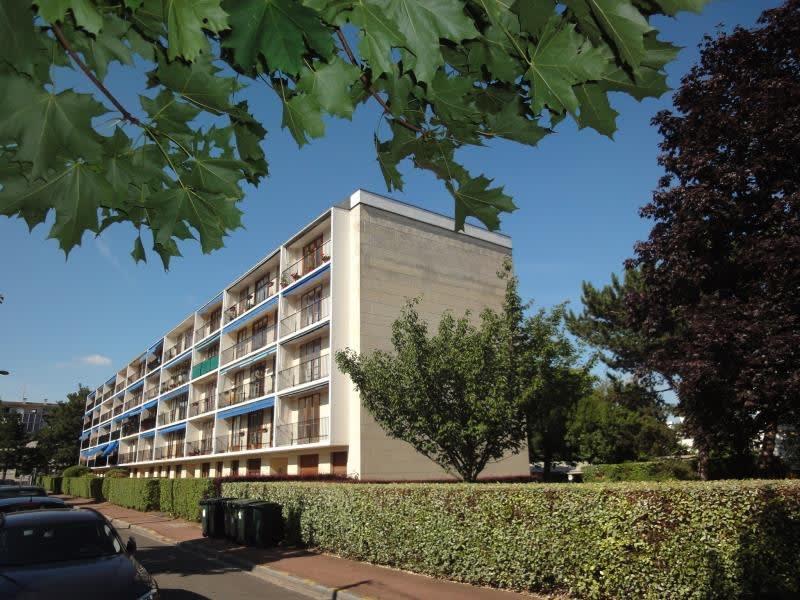 Sale apartment Maisons-laffitte 265000€ - Picture 1