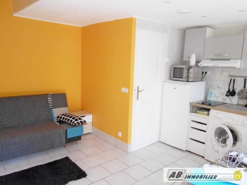 Rental apartment Poissy 568€ CC - Picture 2