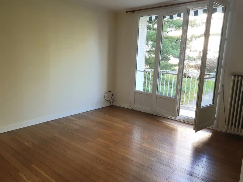 Location appartement Viroflay 1150€ CC - Photo 2