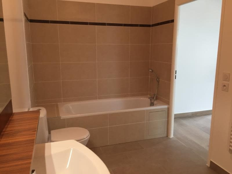 Location appartement Buc 1094€ CC - Photo 6