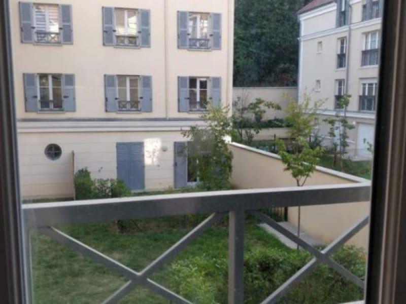 Location appartement Buc 986€ CC - Photo 1