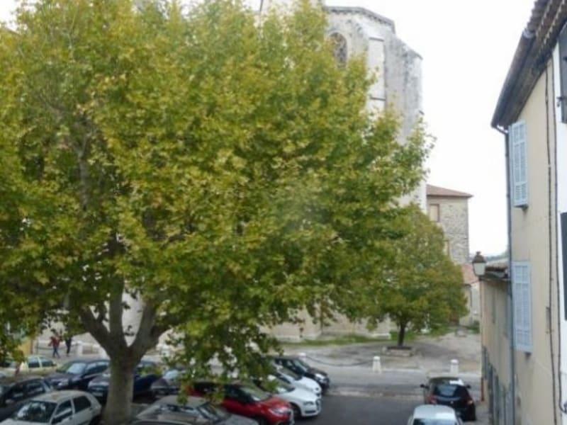 Location maison / villa St maximin la ste baume 730€ CC - Photo 1