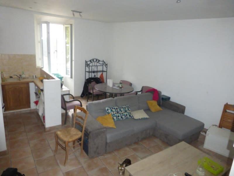 Location maison / villa St maximin la ste baume 730€ CC - Photo 2