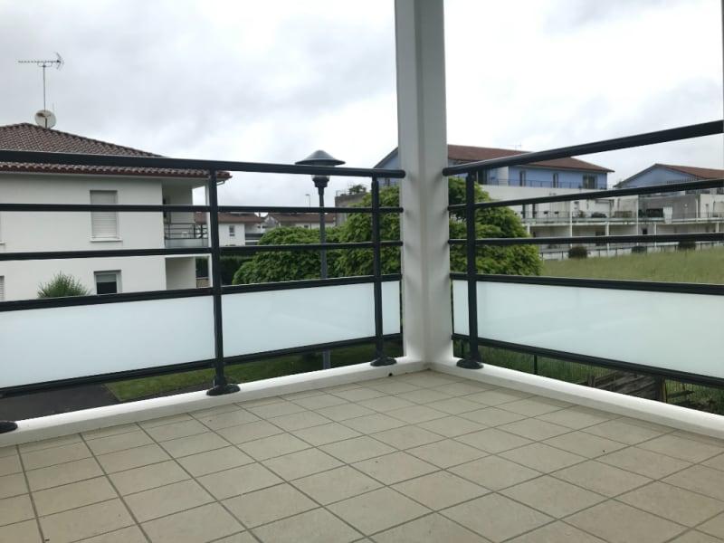 Sale apartment Bizanos 147500€ - Picture 1